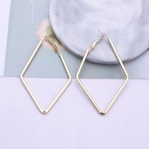 Jewelry - 5 for $25 Rhombus Shape Statement Earrings